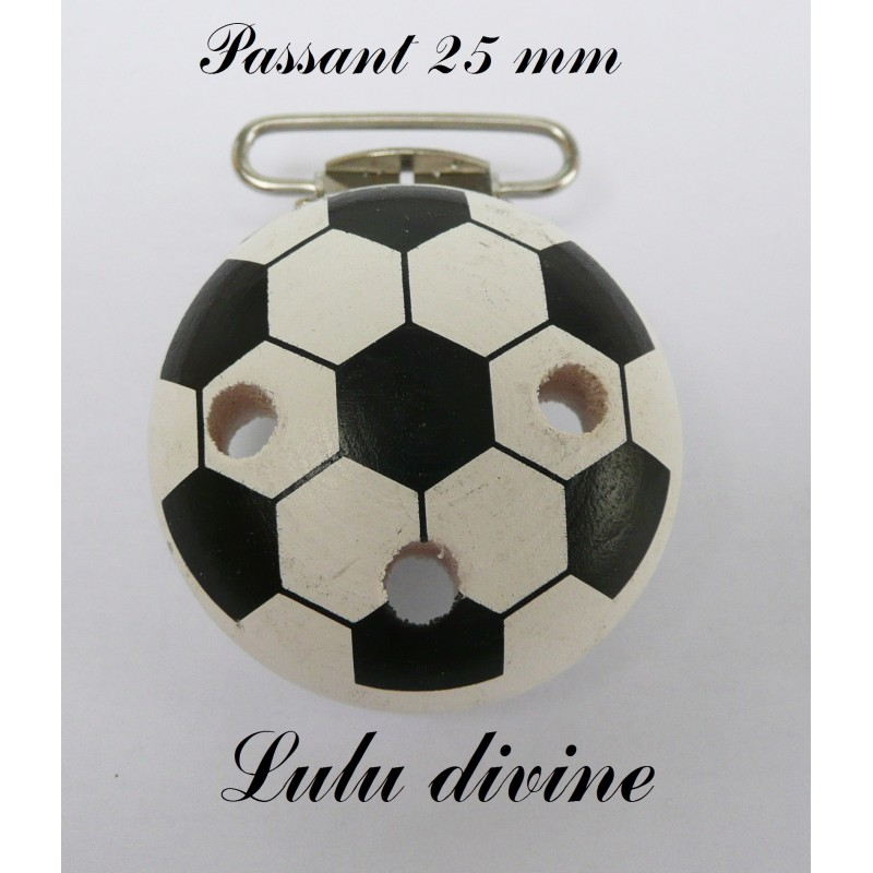 pince bretelle clip en bois foot ballon de foot. Black Bedroom Furniture Sets. Home Design Ideas