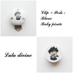 Clip bois + Perle Blanc : Bébé pirate
