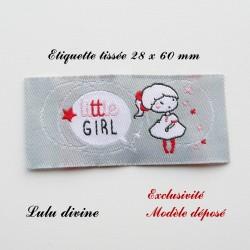 Étiquette tissée : Little girl (grise Bulle Petite fille)