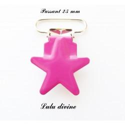 Pince étoile rose