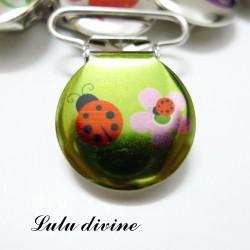 Pince 25 mm : Jaune vert Coccinelle rouge & fleur rose