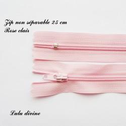 Fermeture éclair simple non séparable de 25 cm : Rose clair