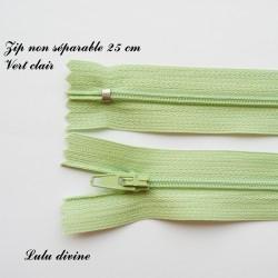 Fermeture éclair simple non séparable de 25 cm : Vert clair